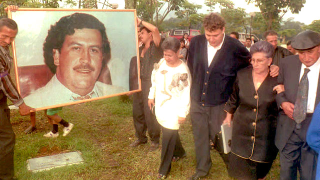 Colombian cocaine crime lord, Pablo Escobar, shot dead by police