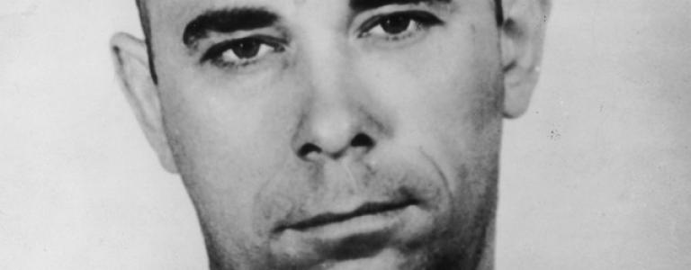 Bank robber John Dillinger has plastic surgery to escape FBI